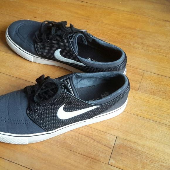 Zapatos Nike Sb Poshmark Zoom Janoski Poshmark Sb Aire Stefano 9c691c